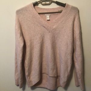 Woman's H & M small V-neck sweater top Oversized
